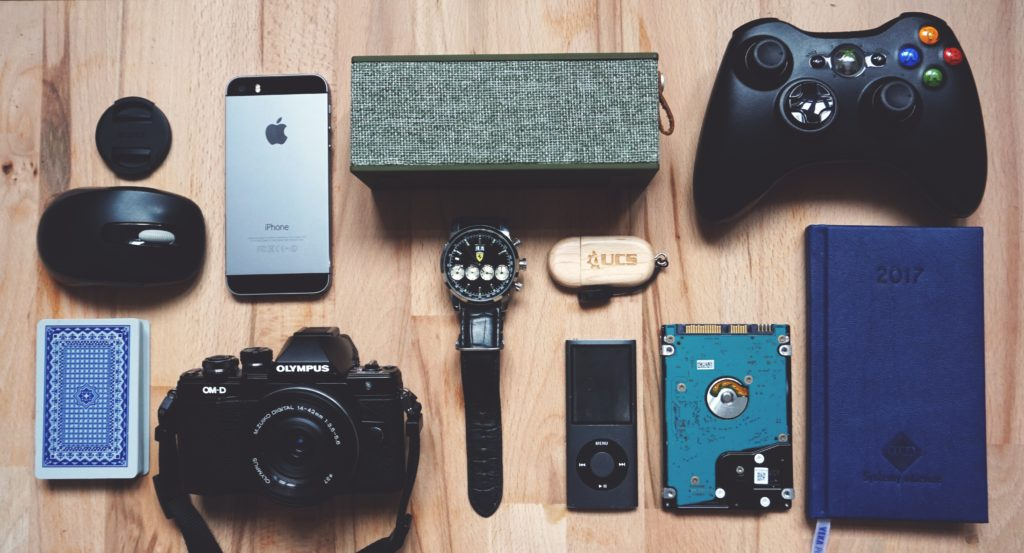 7 Creative Gadget Reviews To Gift Your Boyfriend