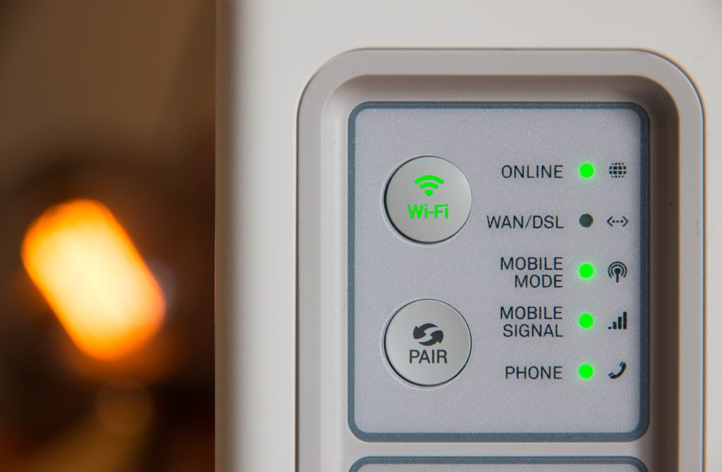 Useful Household Gadgets: Wifi Router Hotspot